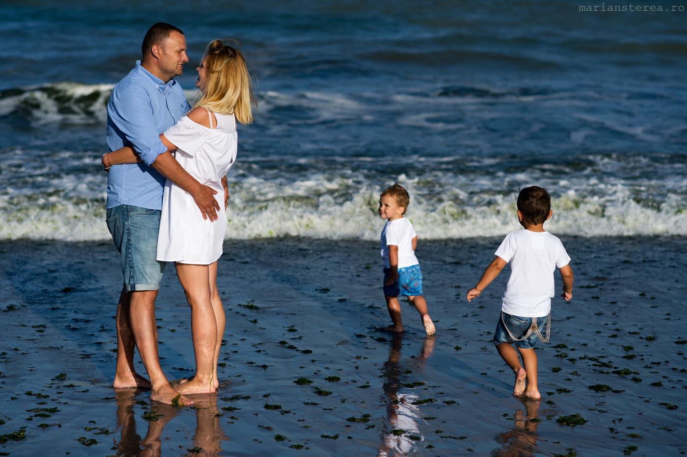 Sedinta foto cu copii la mare