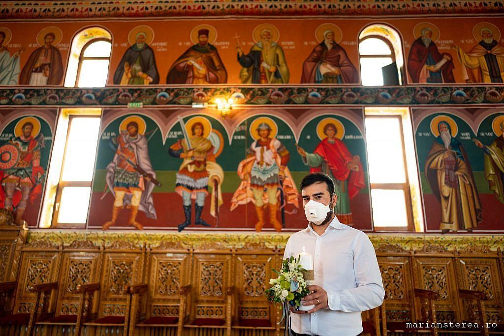 botez cu biserica goala coronavirus